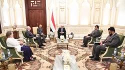 الرئيس هادي للمبعوث الأمريكي نؤيد كل الجهود الدولية للتوصل الى سلام دائم وفق المرجعيات الثلاث